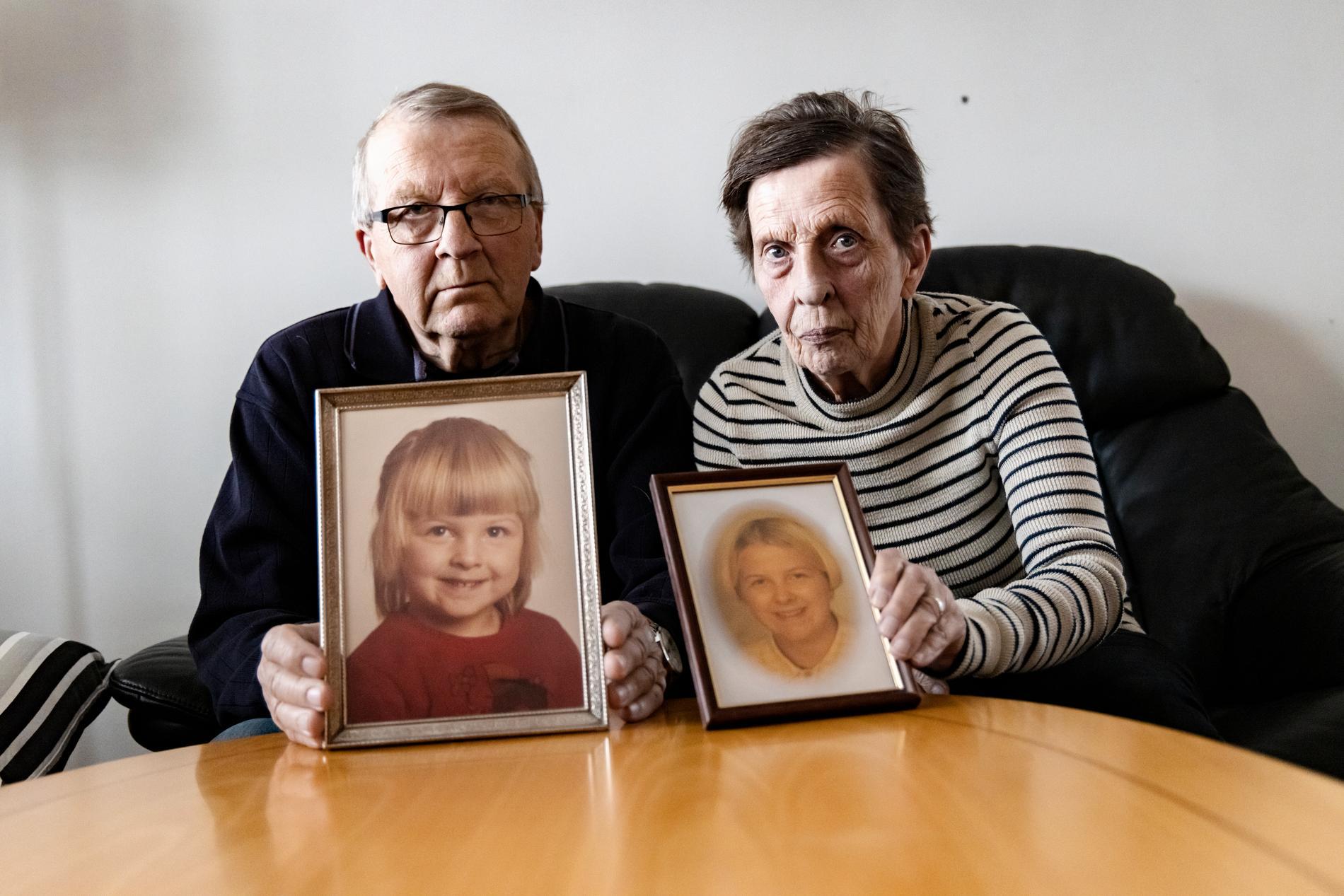 Föräldrarna Rune och Inez Lindström förlorade sin dotter Malin för 25 år sedan.