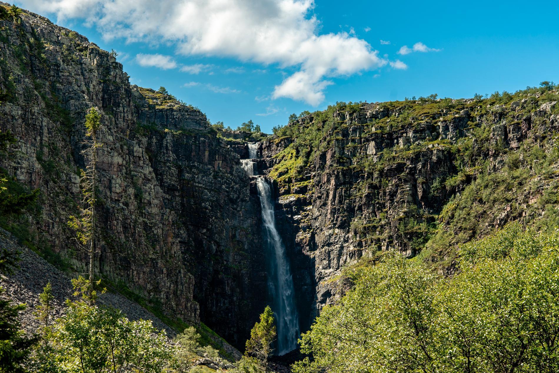 Njupeskärs vattenfall är Sveriges högsta vattenfall.