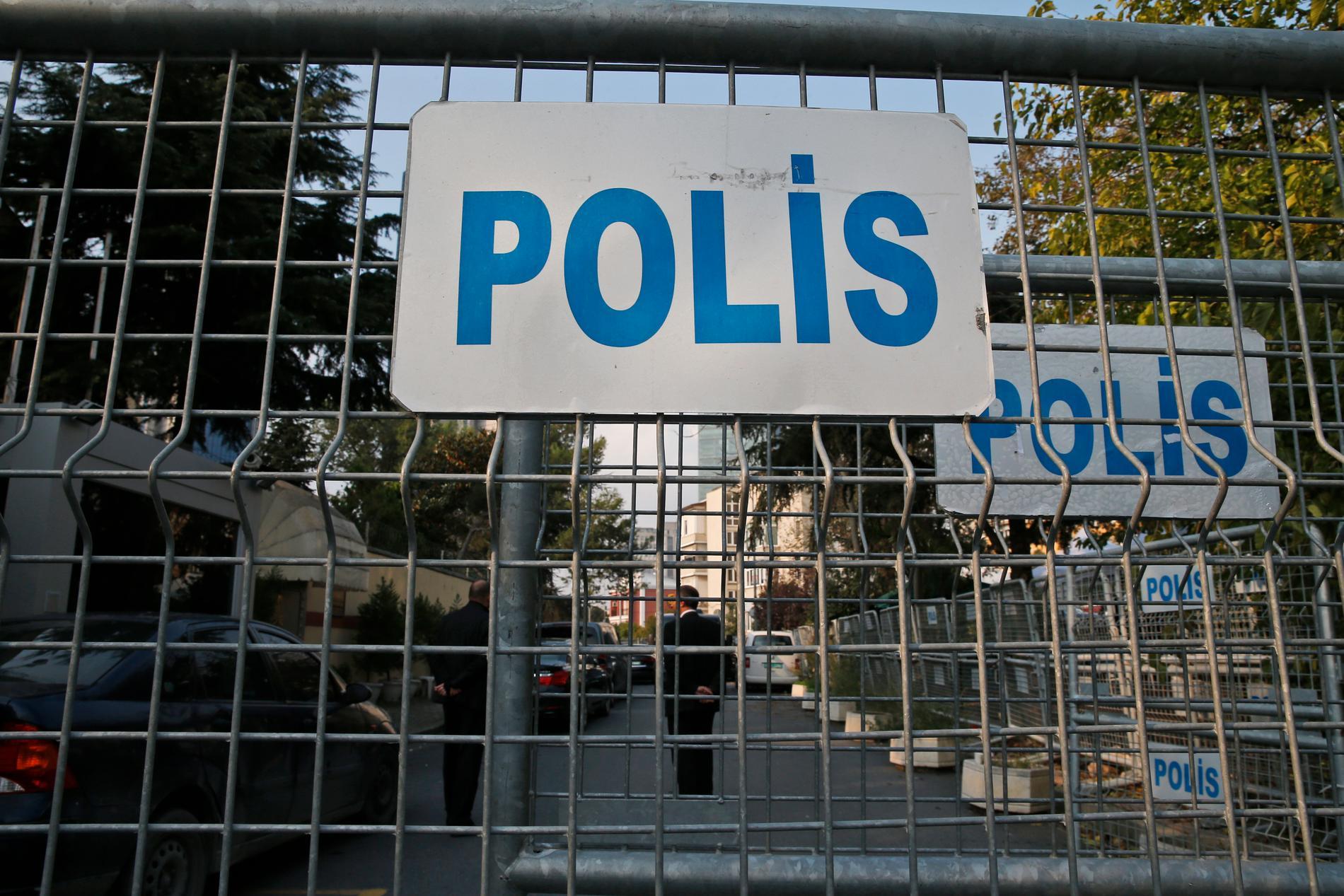 Polisavspärrningar utanför Saudiarabiens konsulat i Istanbul.