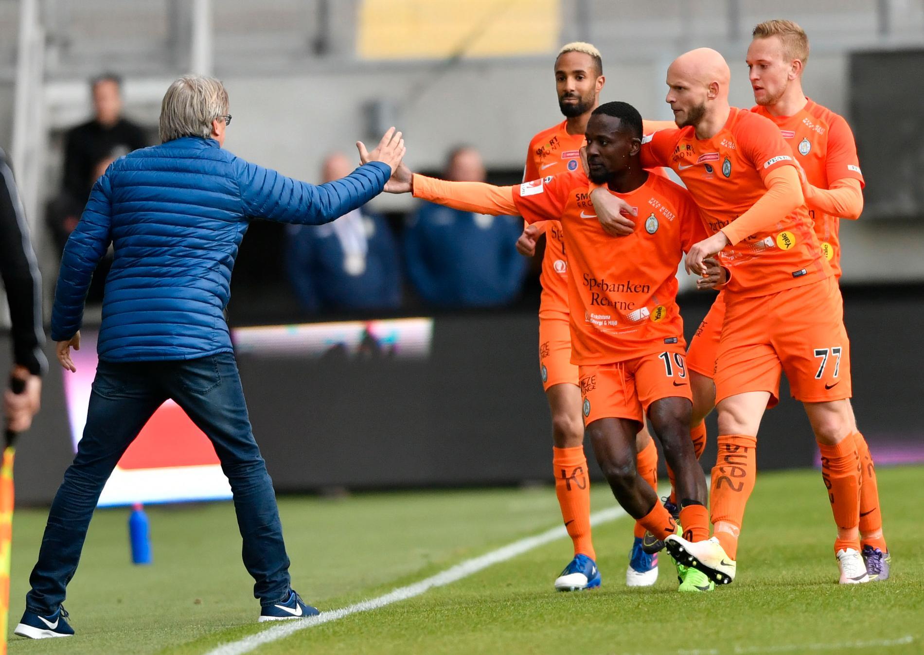 Nästa gång AFC firar ett mål är det Michael Jolley som står vid sidlinjen.