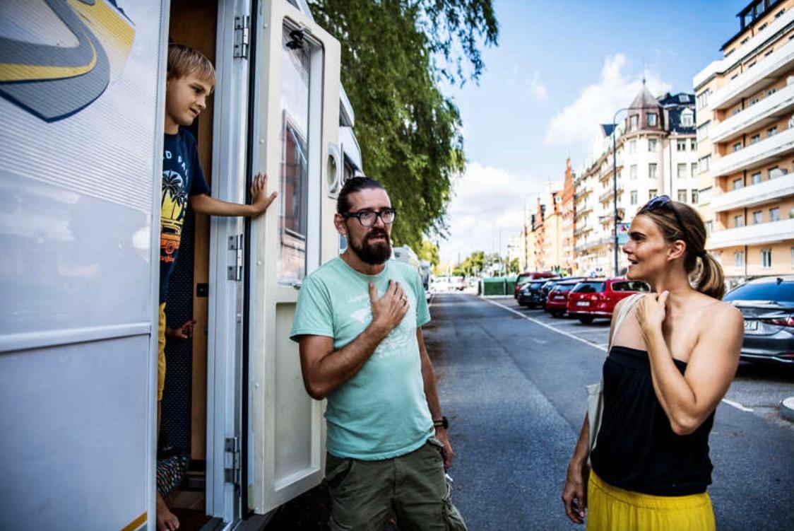 """Familjen Mirtl  från Österrike kom förberedda med covidbevis och munskydd.  """"Det var en överraskning att vi inte behövde något av det,"""" säger Adrian Mirtl."""