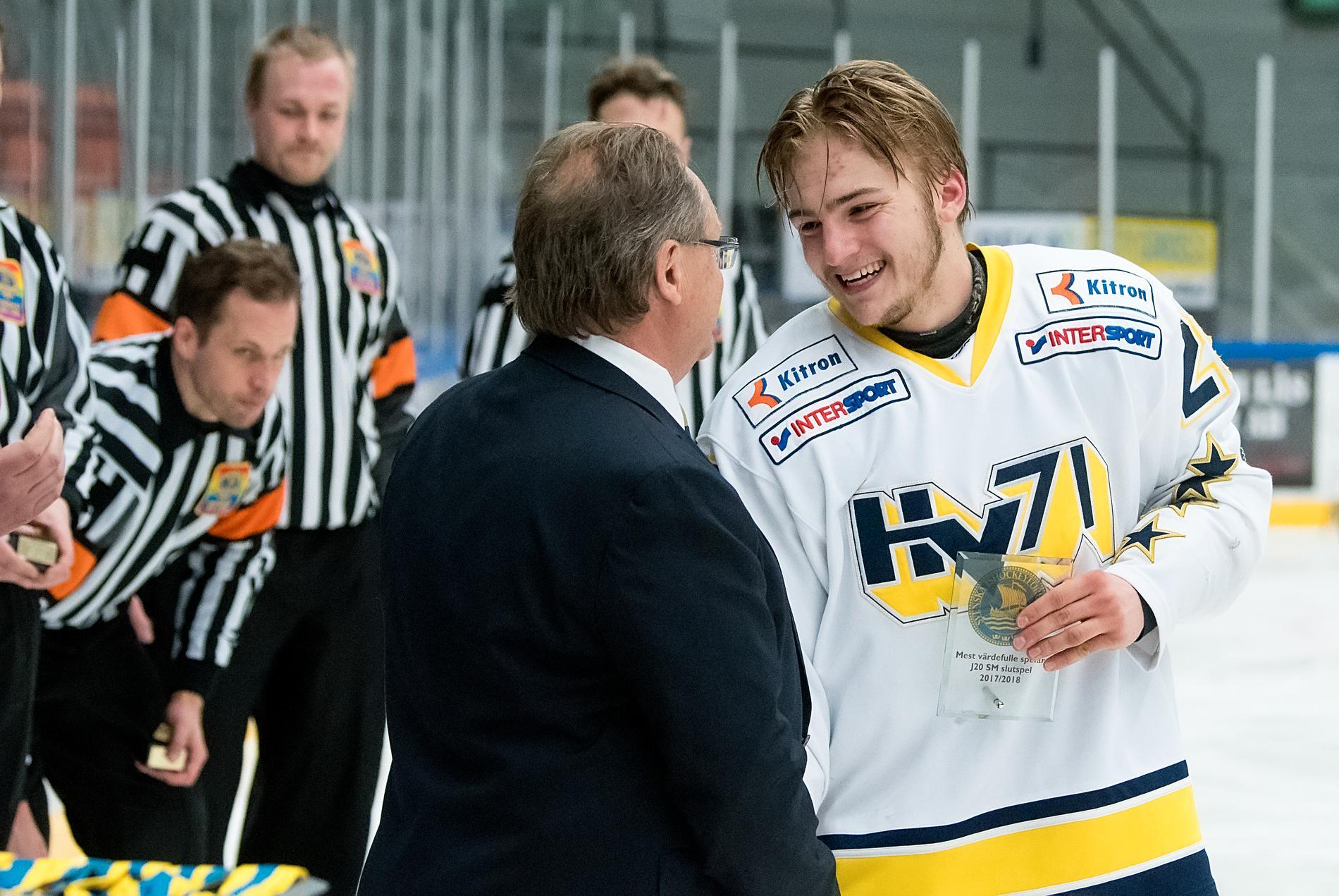 Erik Brännström vann J20-guld med HV71 efter mästarnas besvikelse i slutspelet.