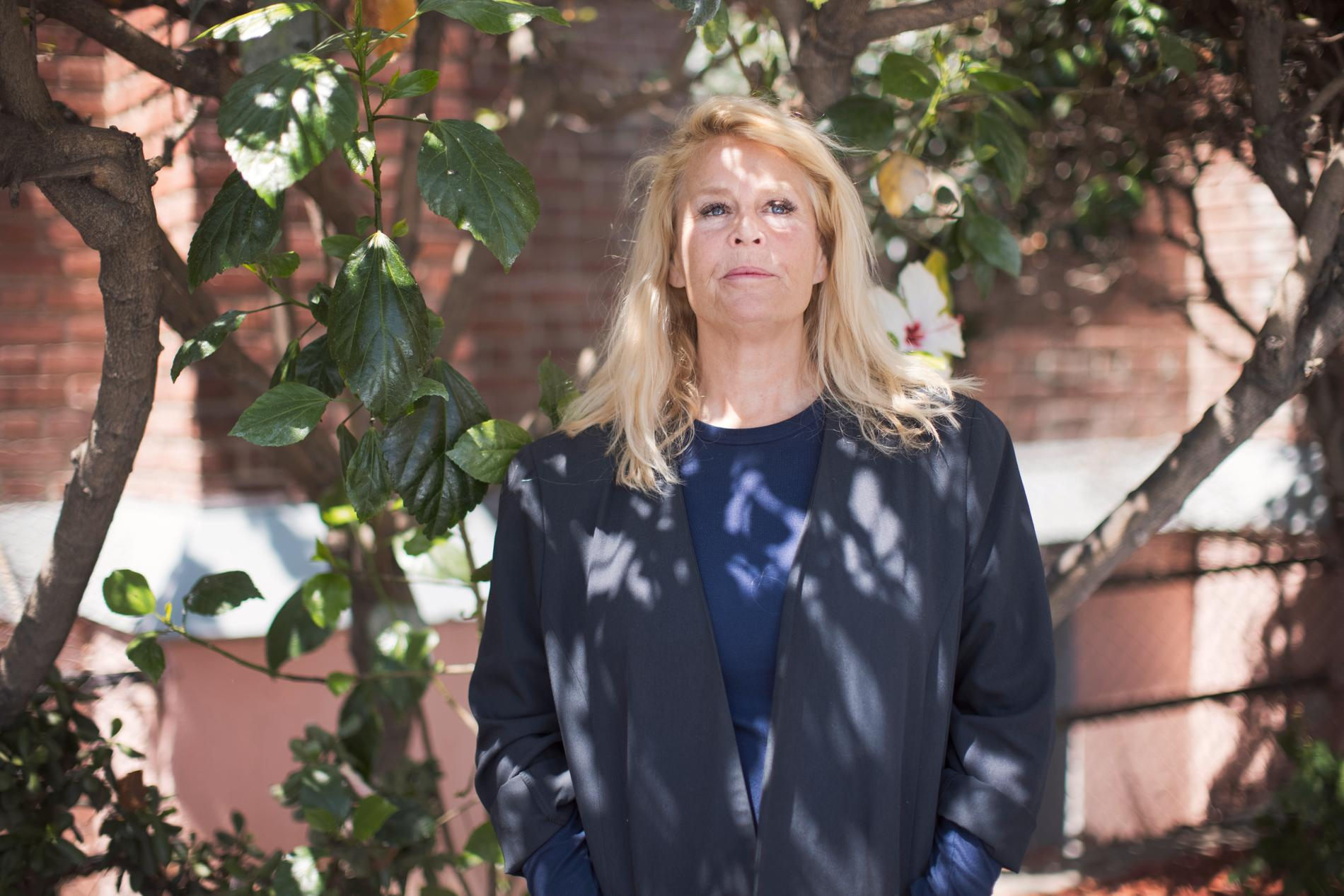 Viveca Bratt utgör kärnan för Svenska kyrkan i Los Angeles tillsammans med sin make Hans Bratt Hernberg.
