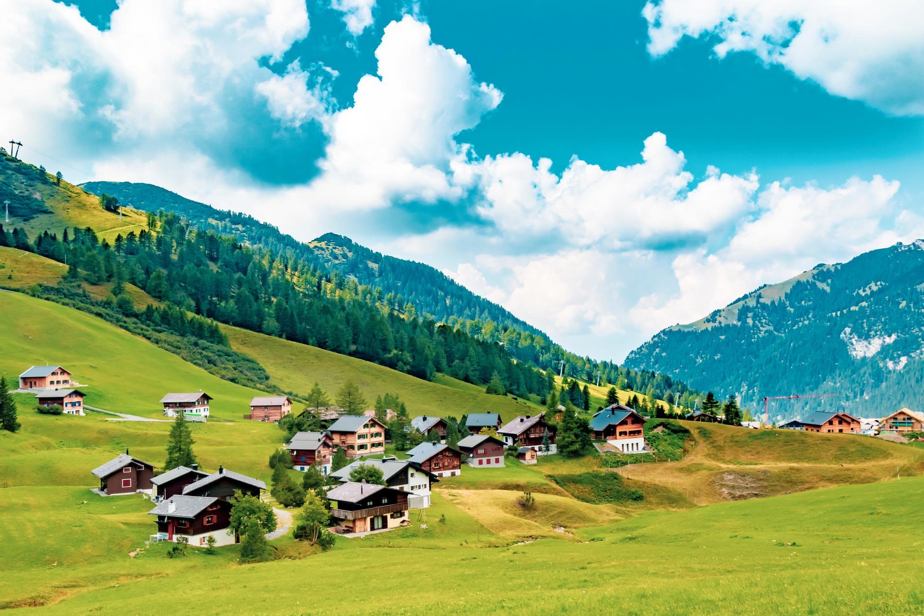 Liechtenstein är ett litet med vackert land.
