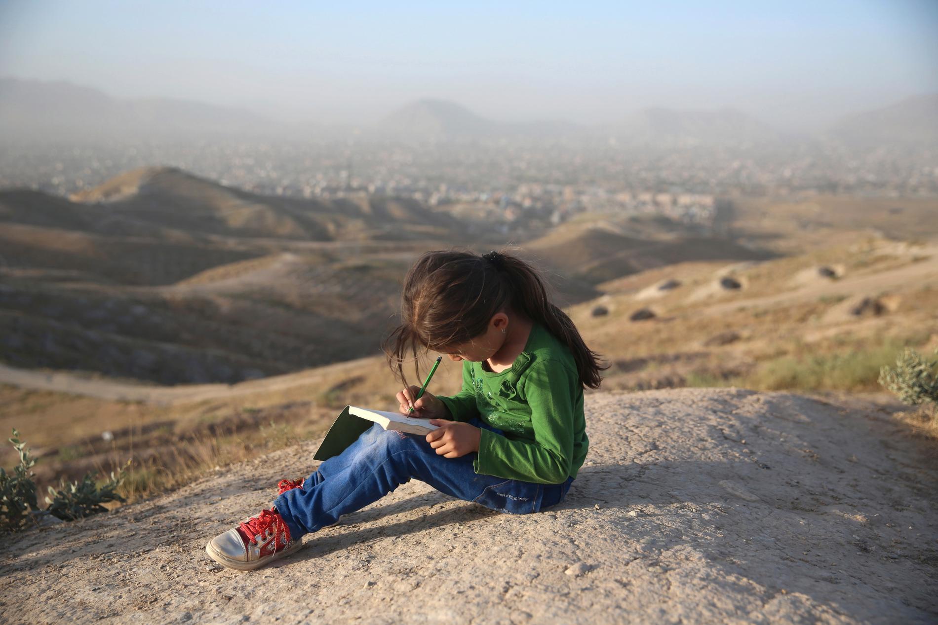 Skolgång är en viktig faktor för att undvika att flickor blir bortgifta.