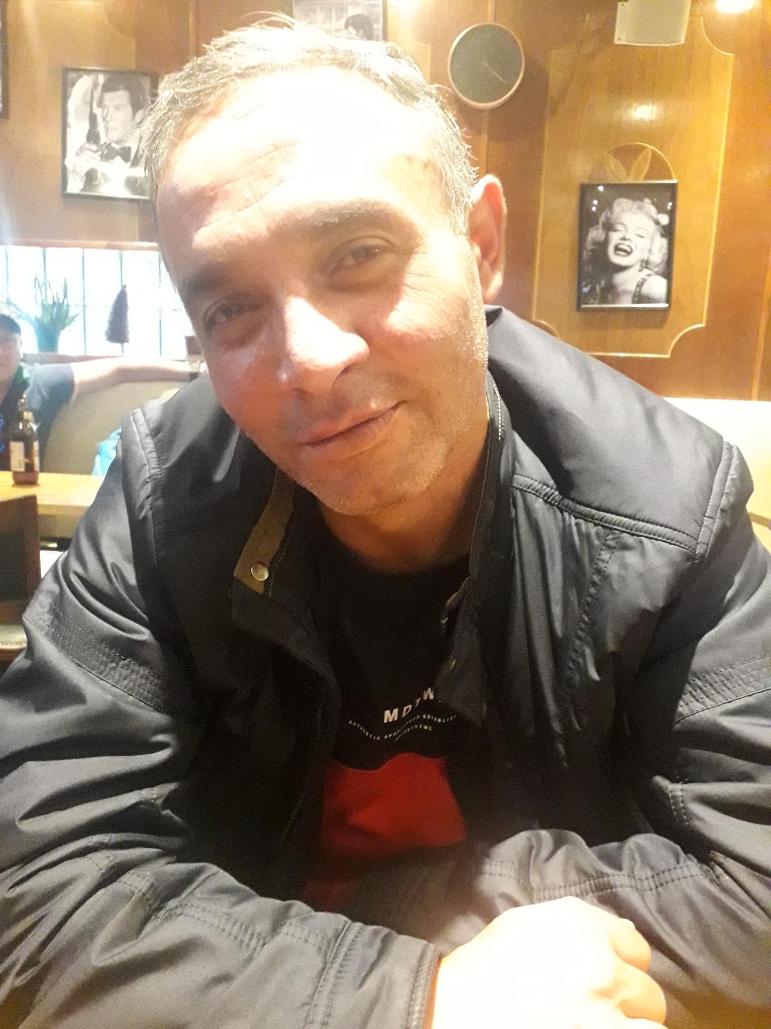 Ramil, 43, arbetade med att köra budbil.