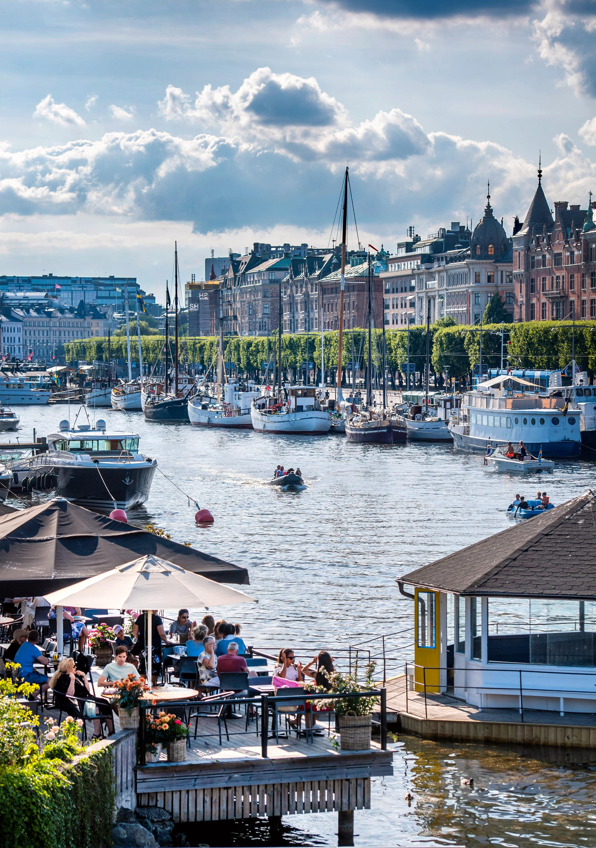 Strandvägen, Stockholm, den 12e juli.