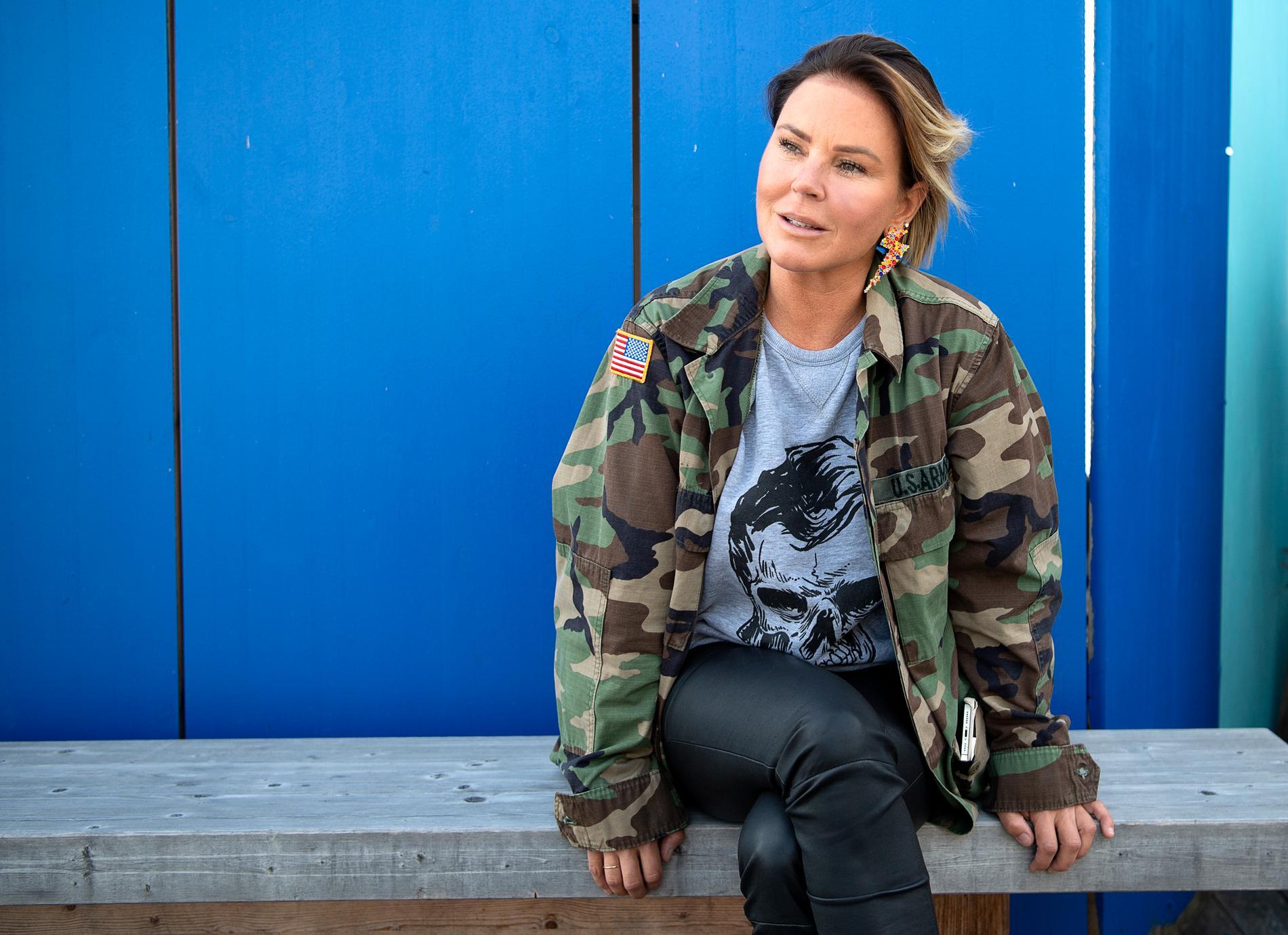 Översminkat. Blåmärket efter Magdalena Graafs skönhetsbehandling anas knappt.