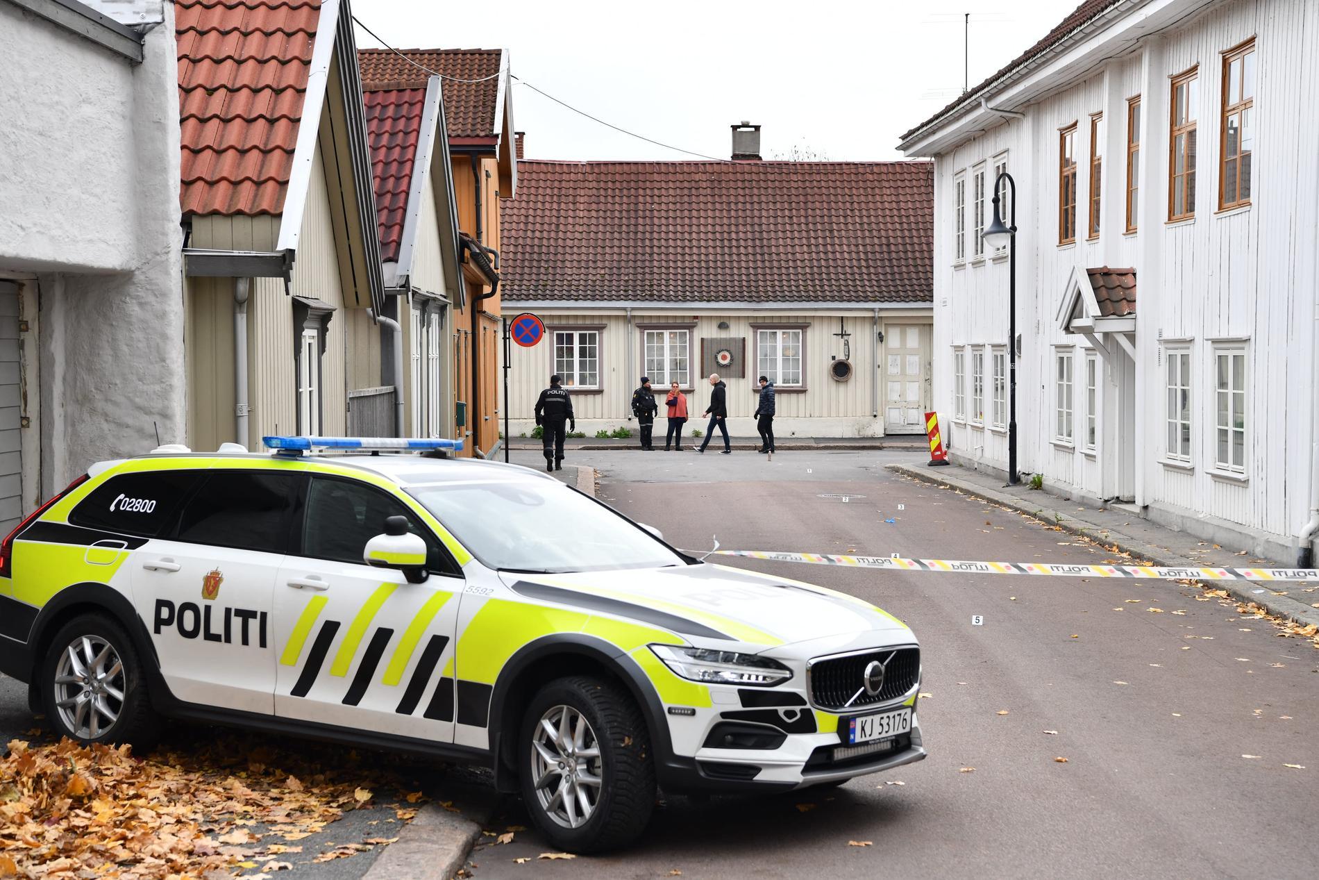 Avspärrat i Kongsberg under torsdagen.