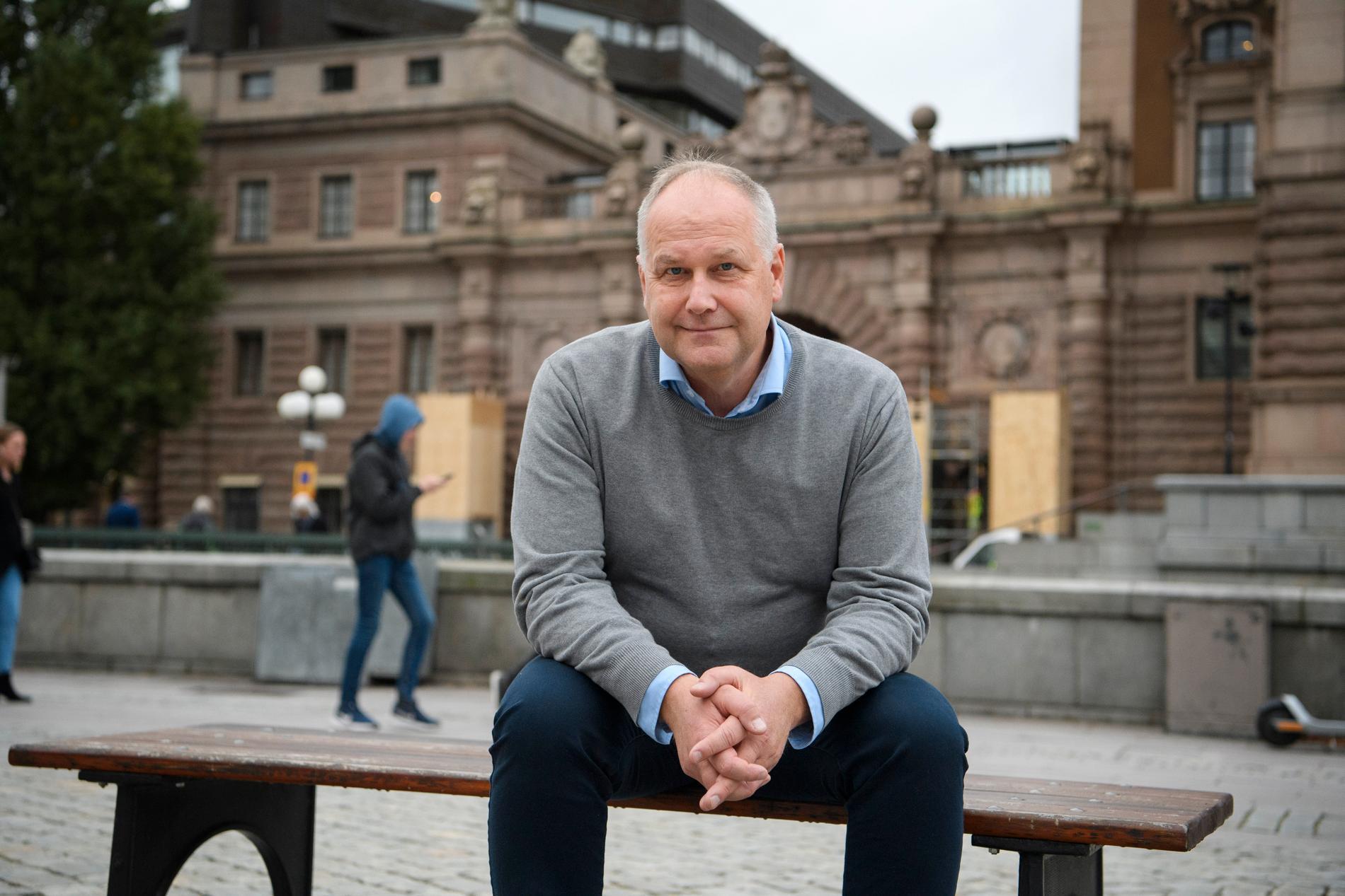 Jonas Sjöstedt slutar efter åtta år som partiledare för Vänsterpartiet.