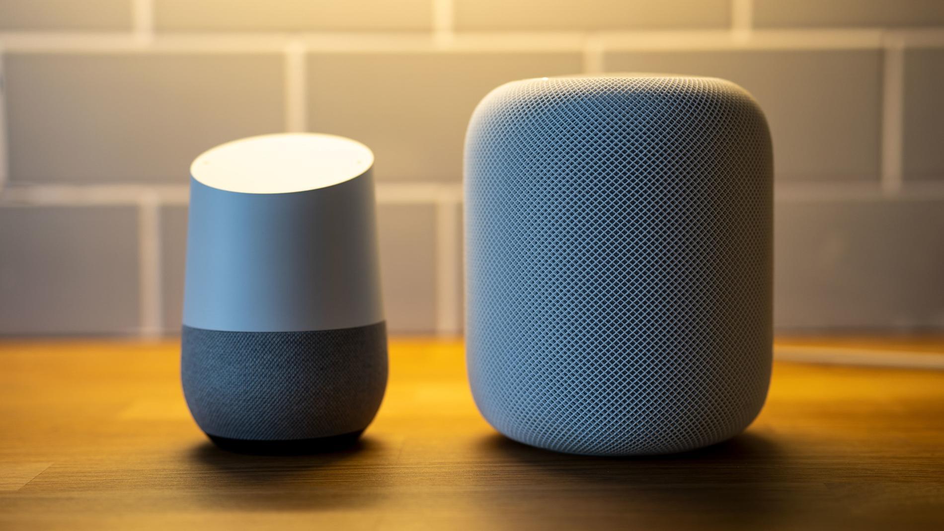 Ljudet hos Apple HomePod överträffar Google Home med hästlängder, men så är den också betydligt dyrare, och förstår inte svenska.