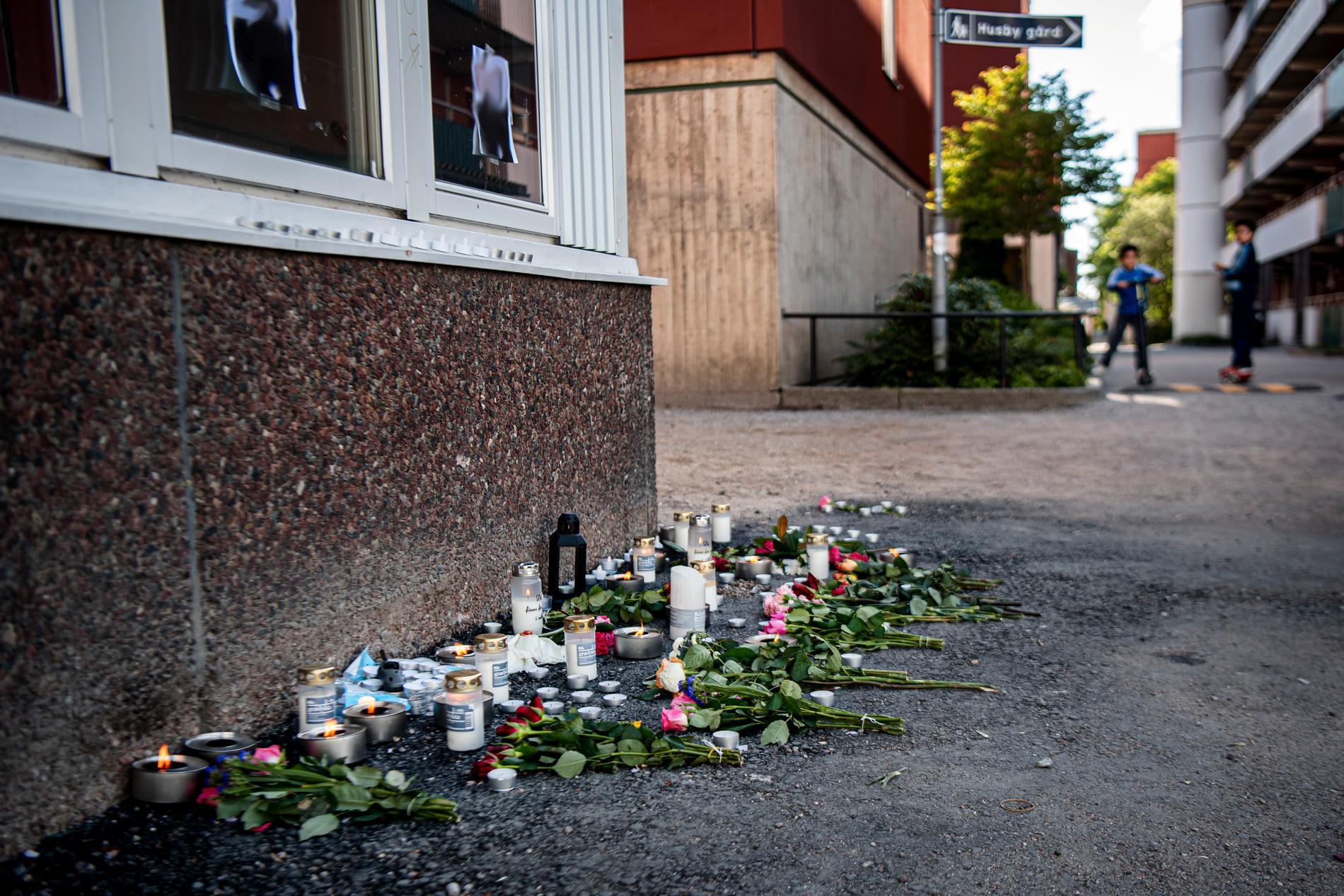 Minnesplats för den mördade mannen.