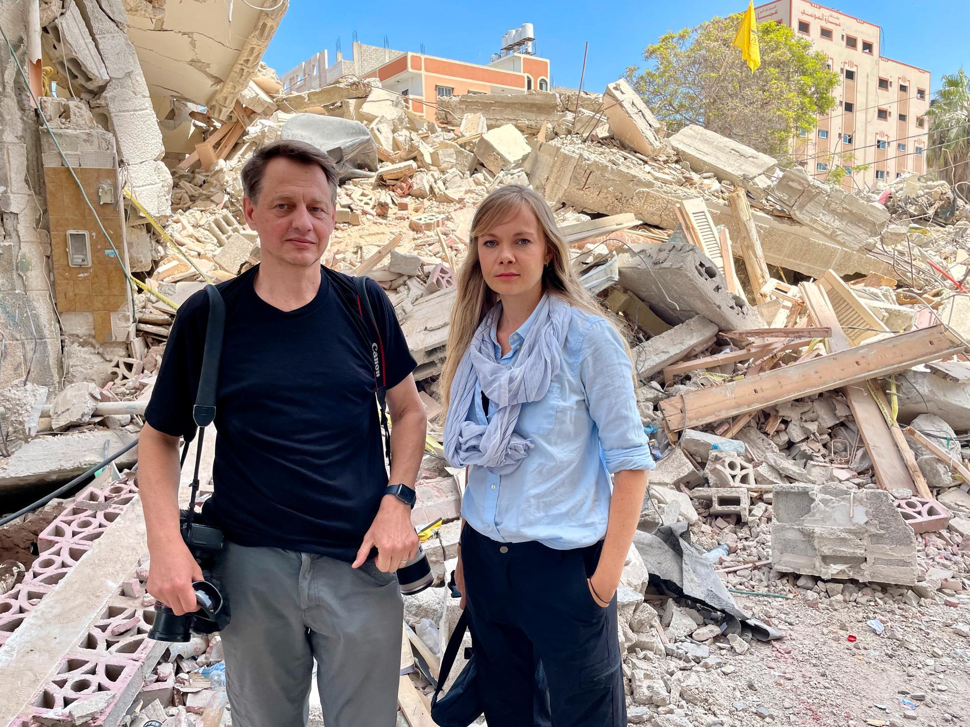 Fotograf Thomas Nilsson och reporter Emelie Svensson, på plats i Gaza.