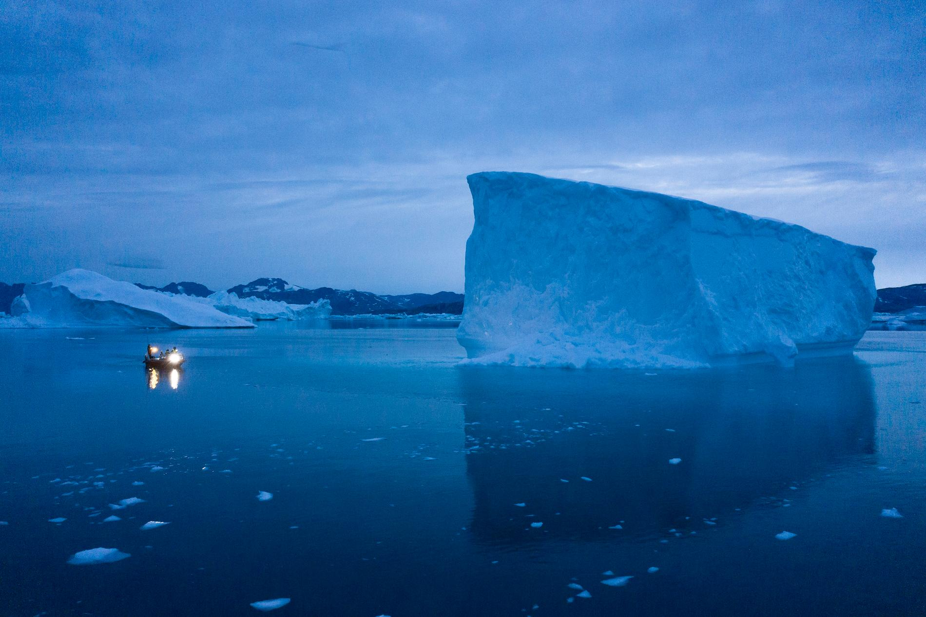 Isen på Grönland har smällt under många år.
