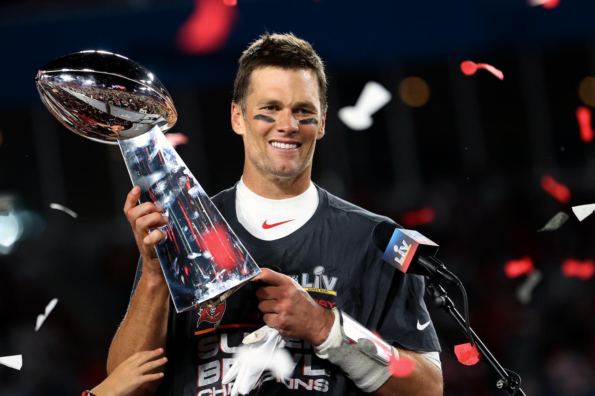 Brady med Super Bowl-bucklan.