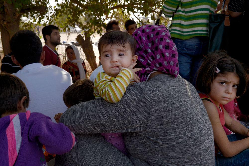 Flyktingar från Kobane i Syrien har flytt IS-attackerna. Här har de anlänt till  Curuk i Turkiet.
