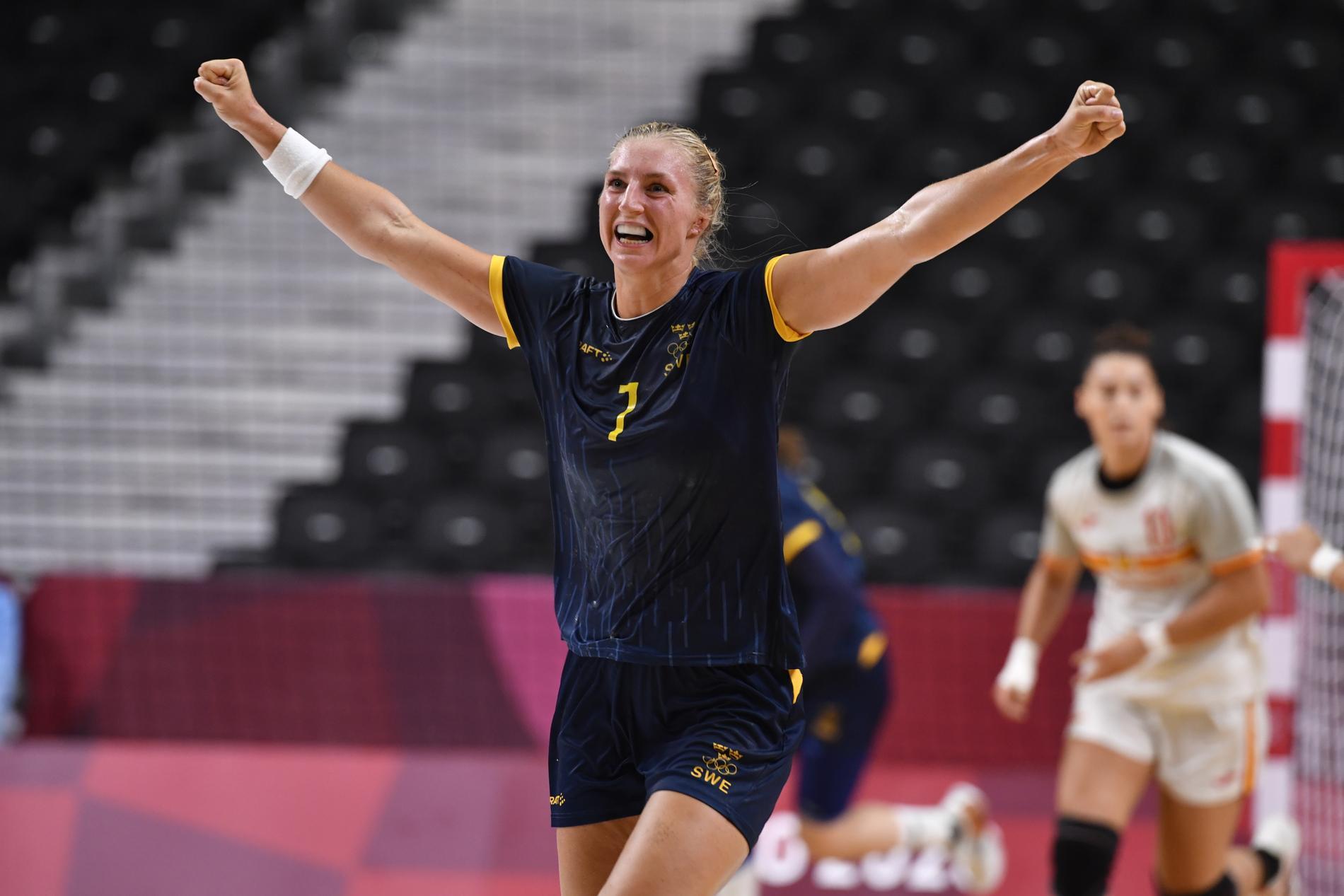 Storspelande Linn Blohm bröt igenom från linjen flera gånger mot Spanien. Sverige vann med 31–24.
