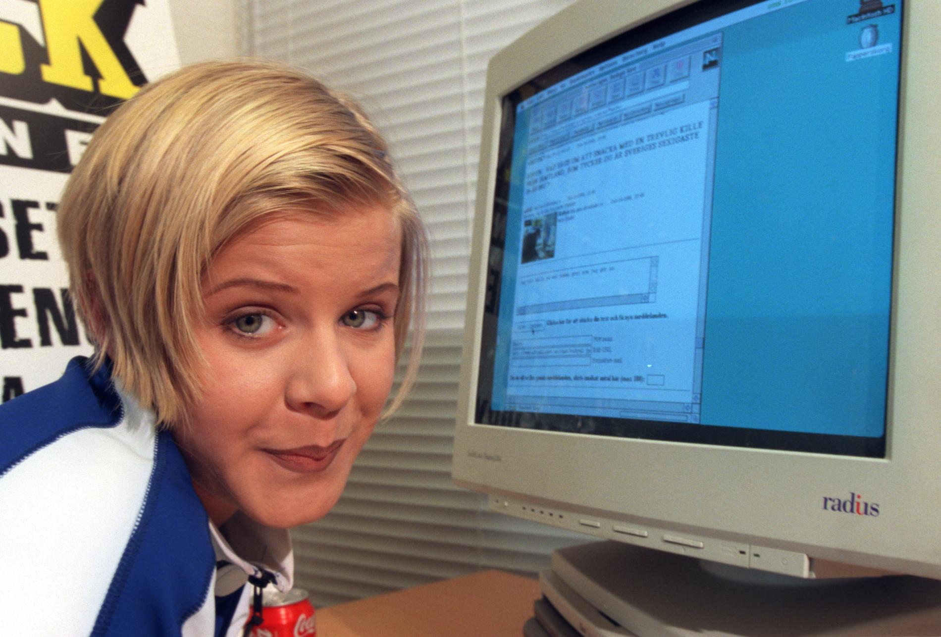En 16-årig Robyn chattar med Aftonbladets läsare 1996.