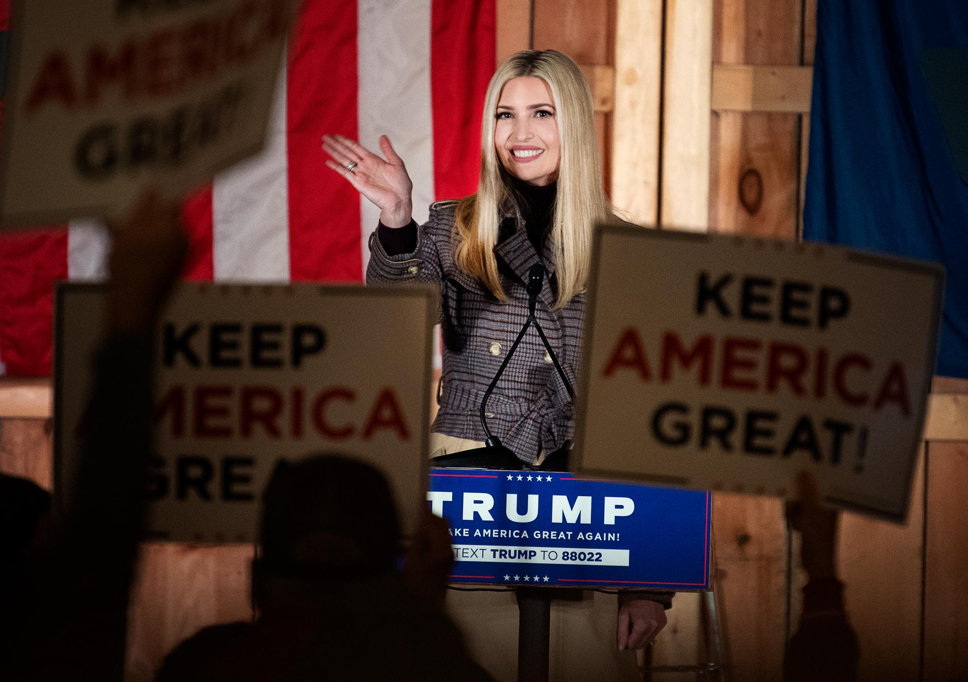 Ivanka Trump håller ett valmöte i Waymart, Pennsylvania.