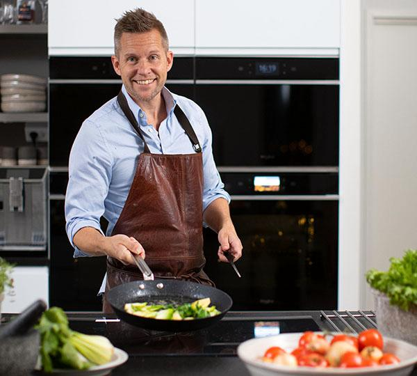 Kocken Mattias Larsson ser du också på tv-kanalen Godare.