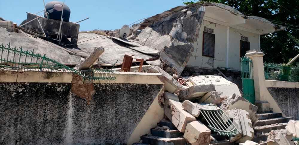 Rasat hus i Les Cayes på Haiti.