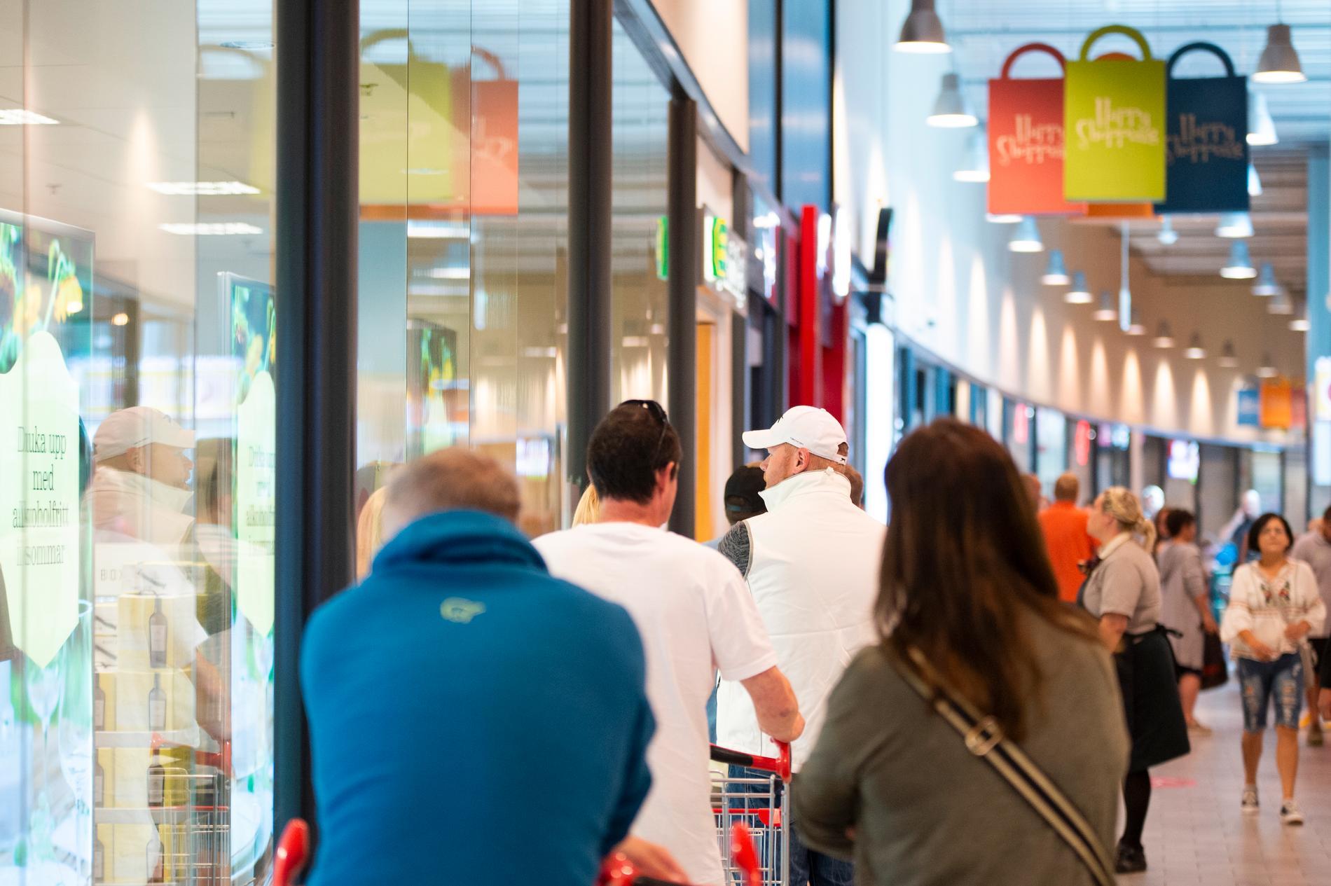 Shoppingcenter vid gränsen mellan Sverige och Norge. Arkivbild.