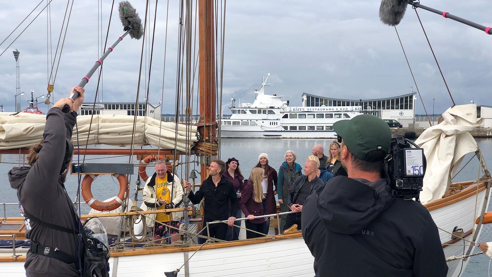 """""""Allt för Sverige""""-deltagarna anlände sjövägen från Danmark till Helsingborg."""