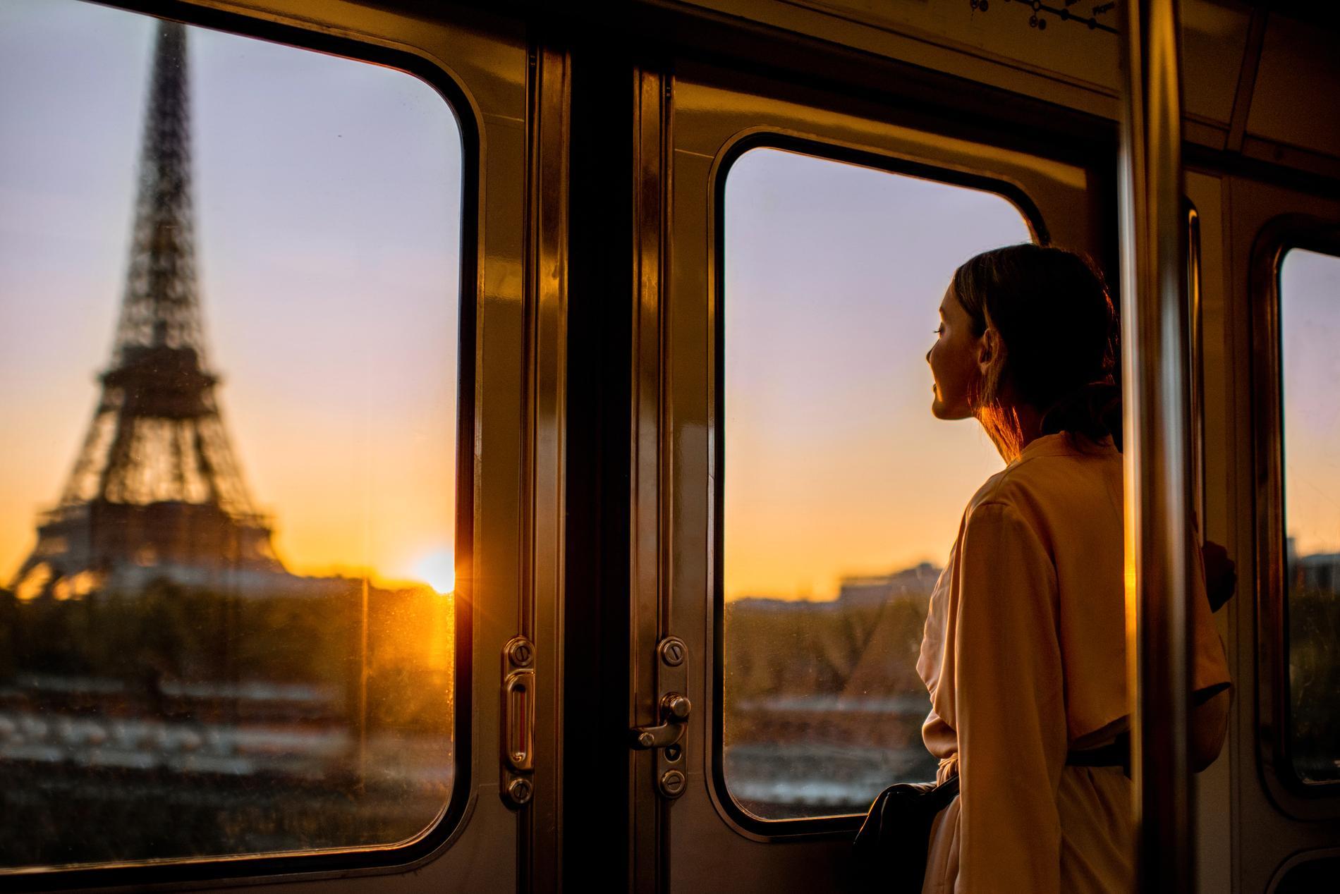 Nu kan du boka resan till Paris med tåg online.