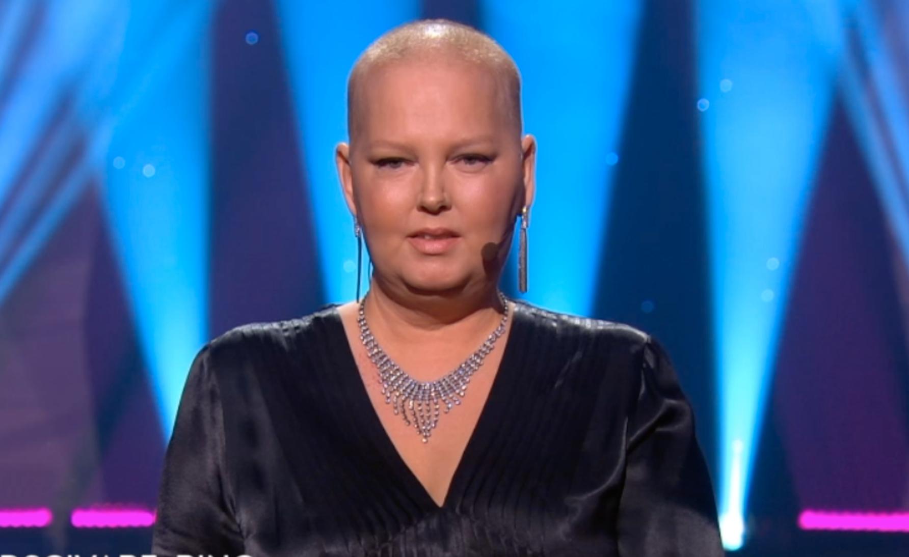 Carina Nilsson vid öppningstalet för Tillsammans mot cancer 2020.