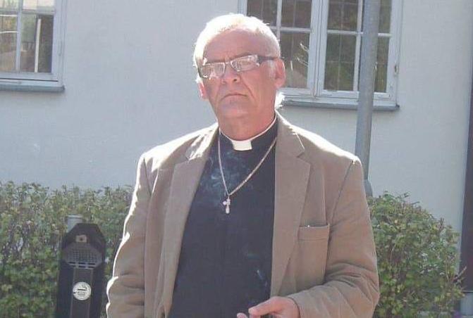 Före detta prästen Iván Knézy.