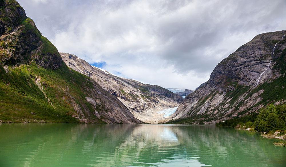 I Sogn og Fjordane finns den största glaciären på det europeiska fastlandet.
