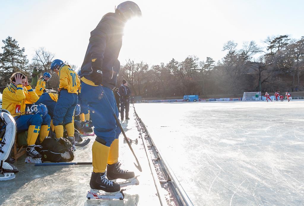 Med bättre is kunde bandylandslaget spela ut Norge med hela 9–0 i VM i Kina.
