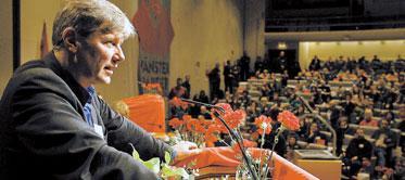 Utmaning. Lars Ohly har drabbats av flera motgångar sedan han tillträdde som partiledare. Nu är hans uppgift att ena ett splittrat parti.