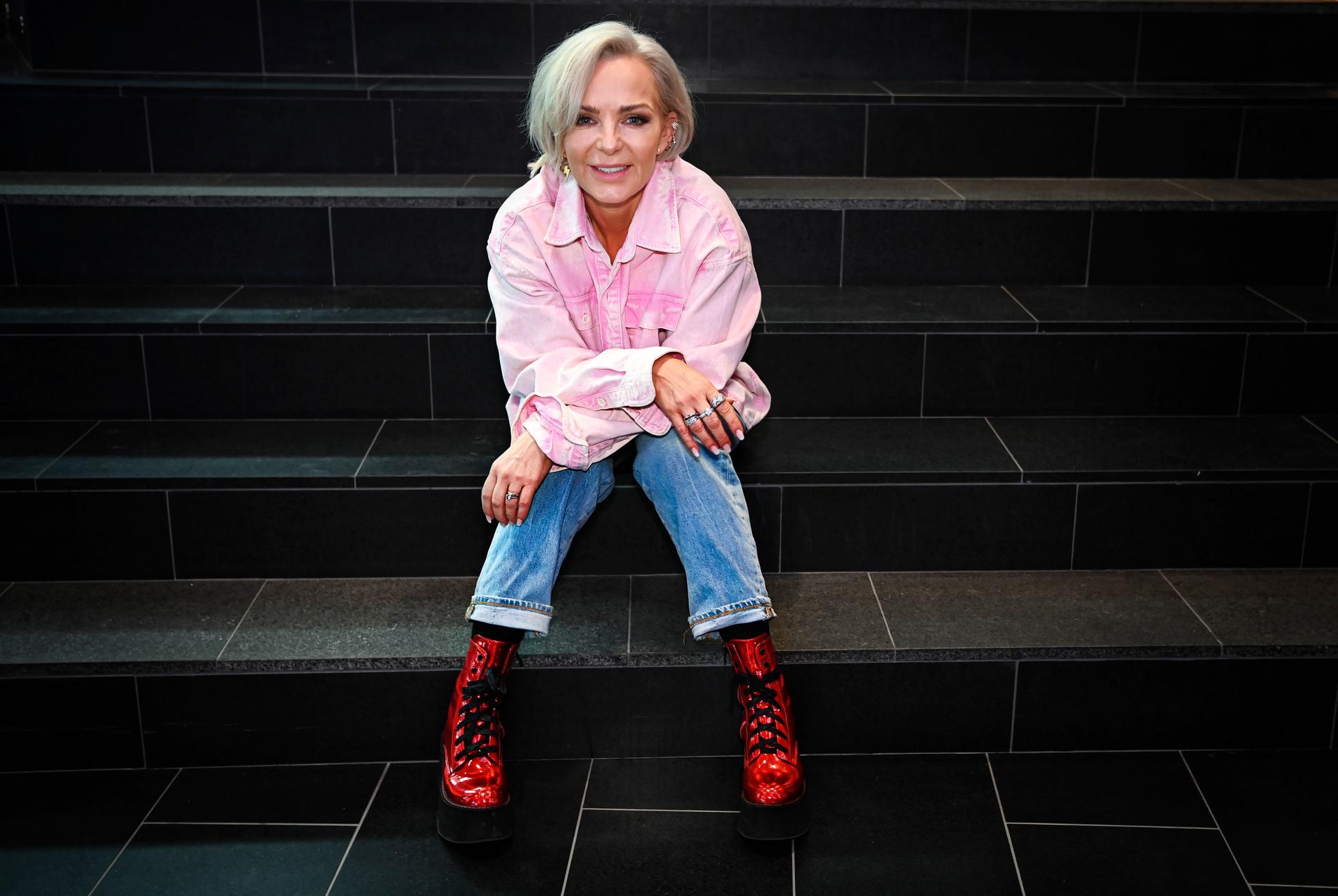 Tess Merkel tävlar i Melodifestivalen 2021.