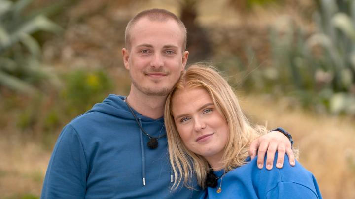 """Matteo Davenell och Felicia Malm är ett av paren i SVT:s program """"Vi eller aldrig""""."""