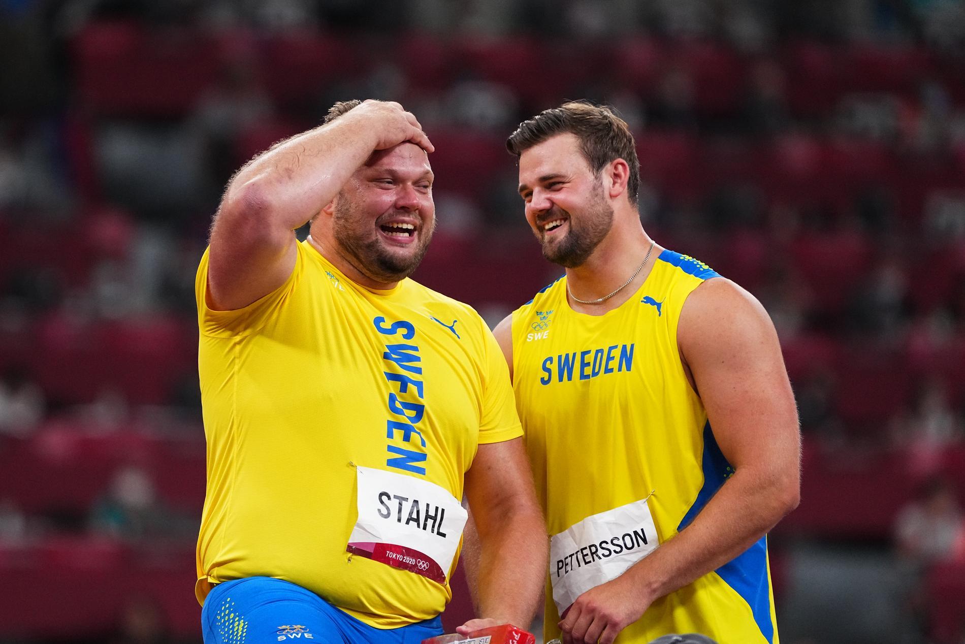 Daniel Ståhl och Simon Petterssons succé i diskus-finalen höll Sarah Sjöström vaken.