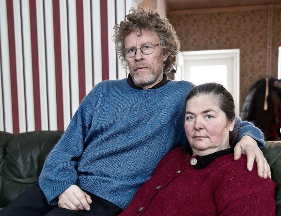 Fredrik och Gabrielle vädjade om att få bli utredda som familjehem till barnbarnet Lisa, men fick nej. FOTO: MAGNUS SANDBERG