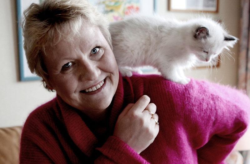 """""""Ibland somnade jag över skrivbordet eller svimmade på bussen"""", berättar Susanne Fröroth."""