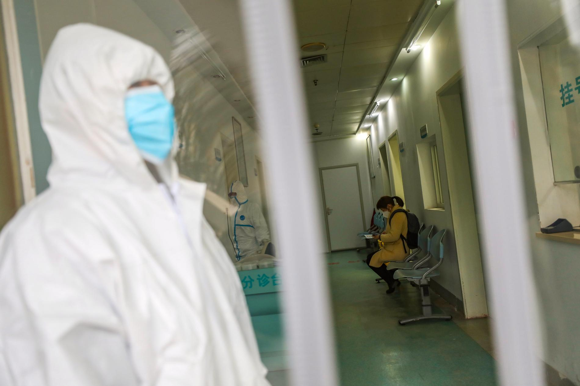 Genrebild på sjukhusperson i Wuhan, Kina.