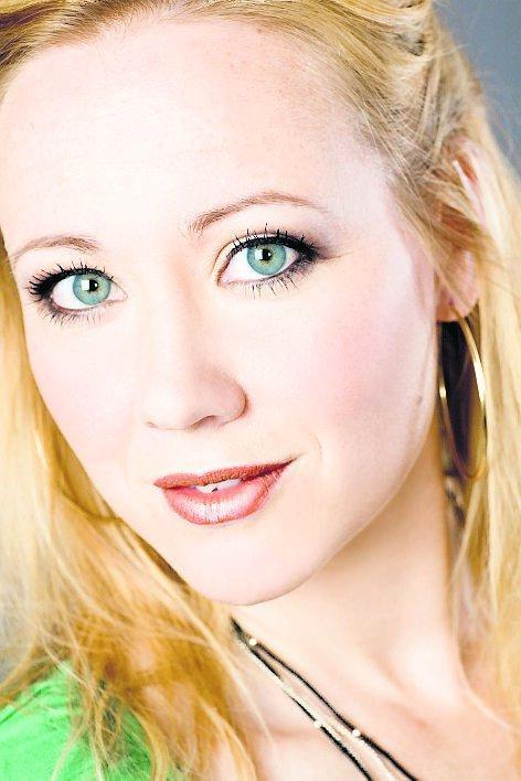 """Sara Edwardsson spelar en av huvudrollerna i """"Superhjältejul""""."""