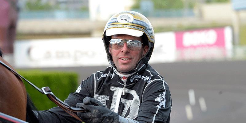 Rick Ebbinge kör samtliga hästar från Jeroen Engwerdas stall på V75 från Axevalla.