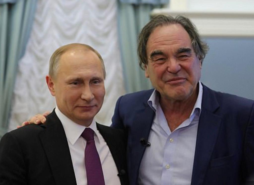Rysslands president Vladimir Putin och den amerikanska filmmakaren Oliver Stone.