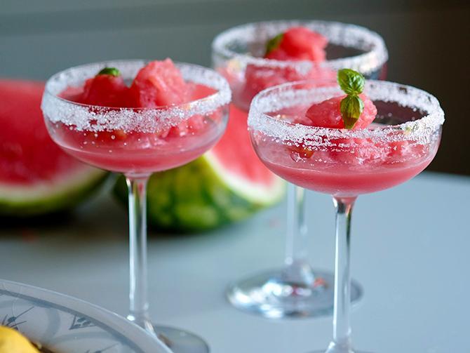 Melonslush med somriga smaker av lime och mynta.