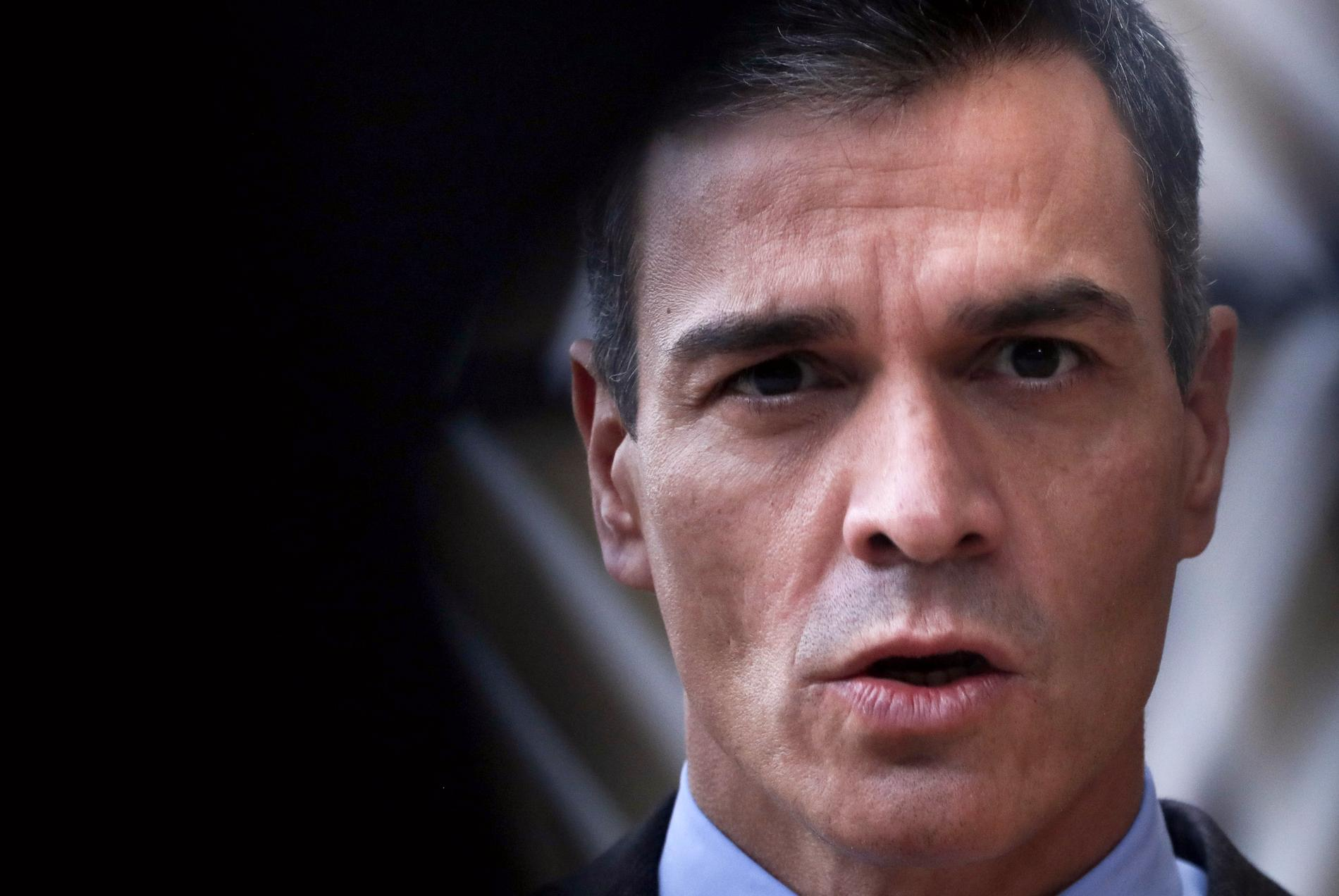 Premiärminister Pedro Sánchez betonar vikten av specifika lagar för mäns våld mot kvinnor.