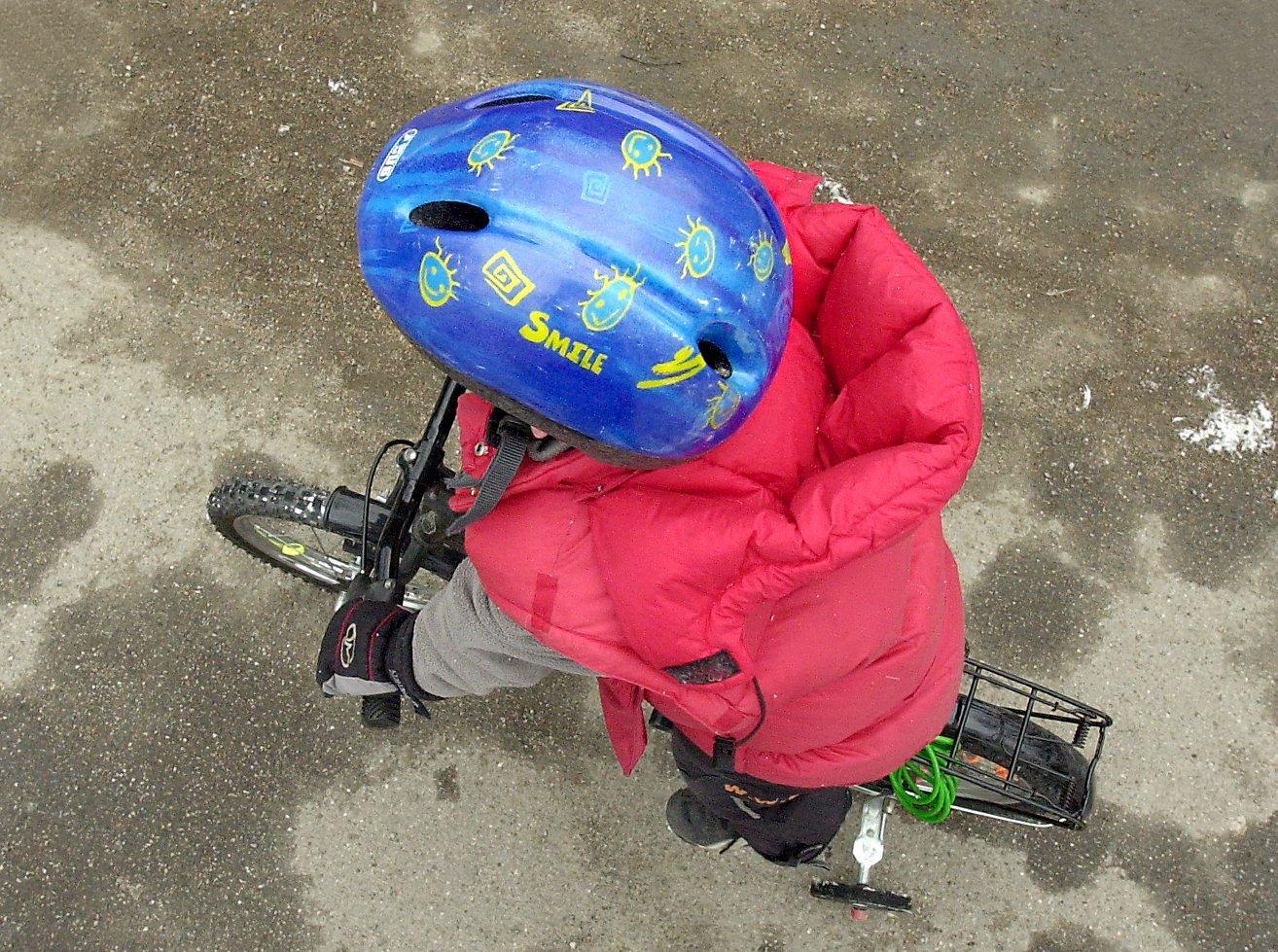 Bara tre av tio vuxna i Uppsala använder cykelhjälm enligt NTF:s mätning under 2019.