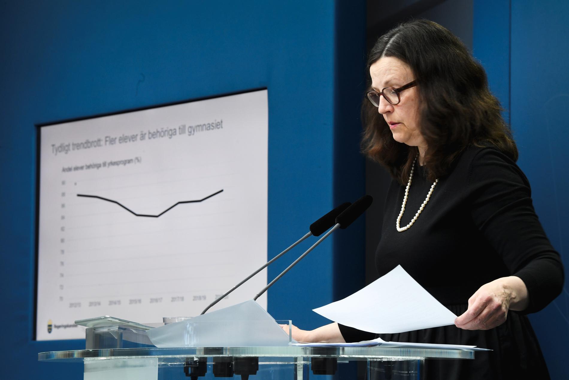Utbildningsminister Anna Ekström under torsdagens pressträff.
