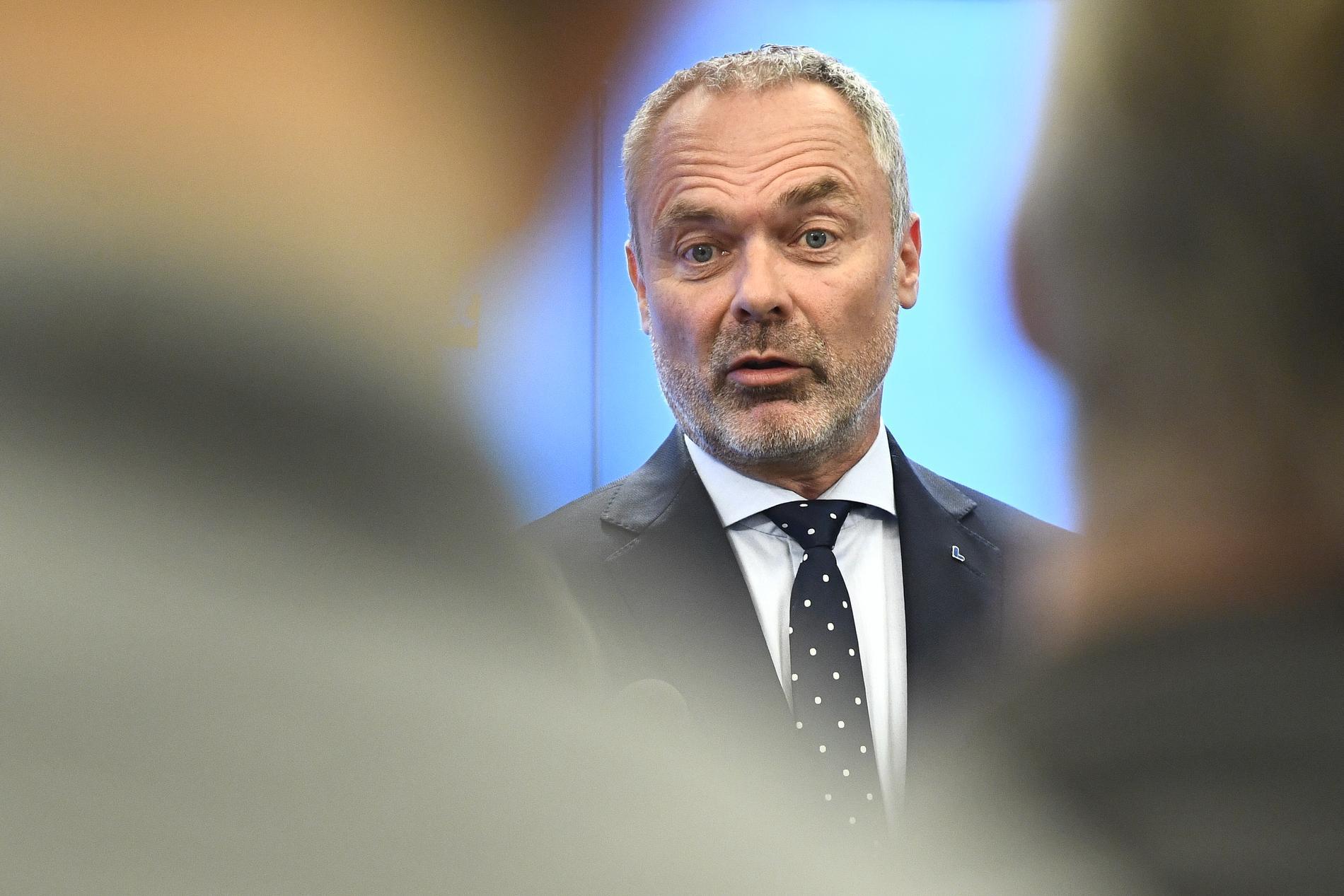 Jan Björklund kläms från flera håll i den utdragna frågan om vem som ska bilda Sveriges nästa regering. Arkivbild