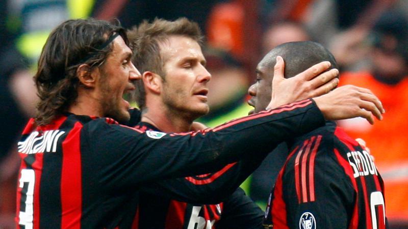 Maldini och Beckham tackar Seedorf.