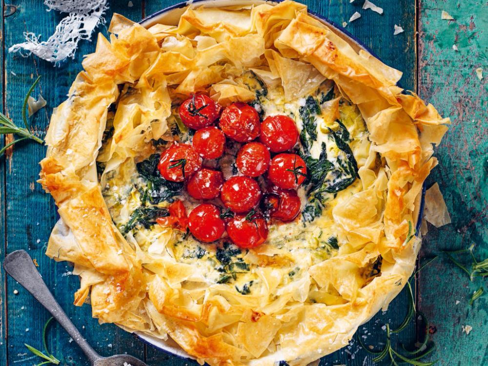 Filodegspaj med cream cheese och spenatfyllning