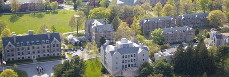 Connecticut College Här kostar det över 358 000 kronor per år att studera inklusive mat och logi.